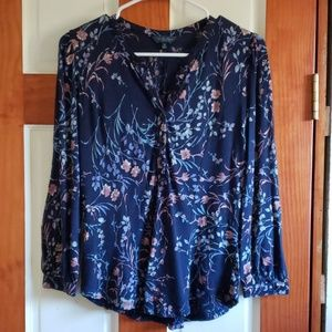 Lucky Brand floral top size xs
